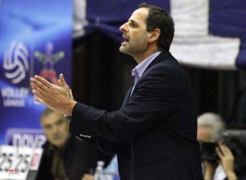 Μουστακίδης: «Το βόλεϊ πήγε 30 χρόνια πίσω»